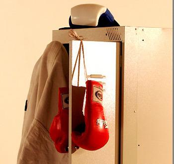 Команда боксера Чудинова проведет экспертизу перчаток после боя