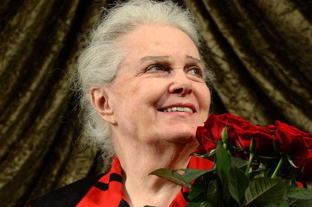 Элина Быстрицкая.