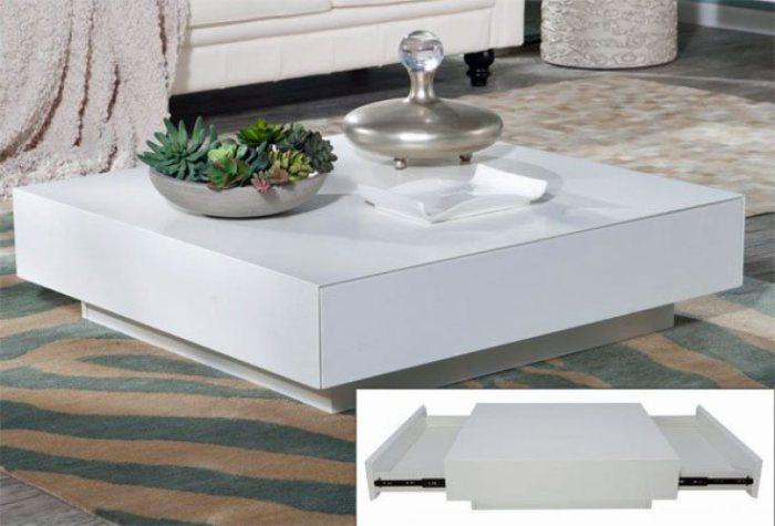 Стильный, компактный раскладной стол.
