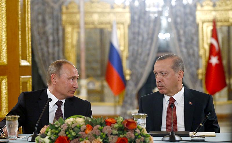 «Эрдогану не нужна Россия, он просто шантажирует США»
