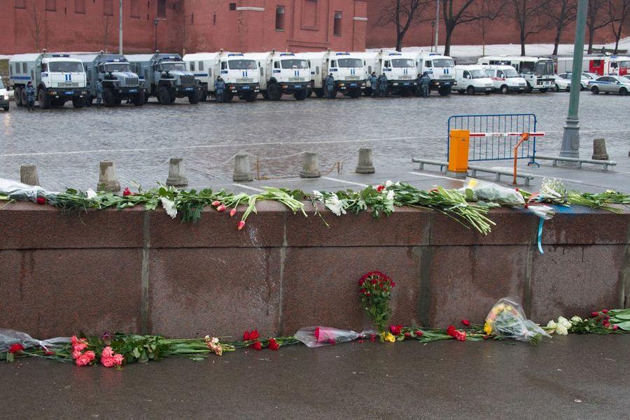 Российские оппозиционеры готовят к публикации доклад Бориса Немцова о военных на Донбассе