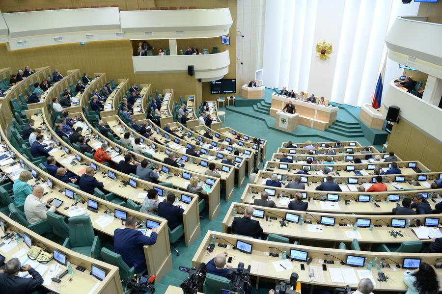 Совет Федерации одобрил обращение Владимир Путина об использовании ВС РФ за рубежом