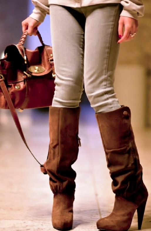 Коричневые сапоги в сочетании с одеждой — 7 интересных вариантов