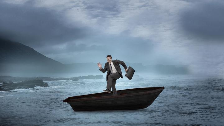 Провокации или дурь? Зачем представители власти «раскачивают лодку»