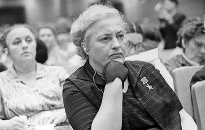 Людмила Павличенко: женское лицо войны