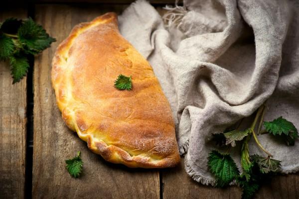 Пицца Кальцоне: Три вкусные идеи