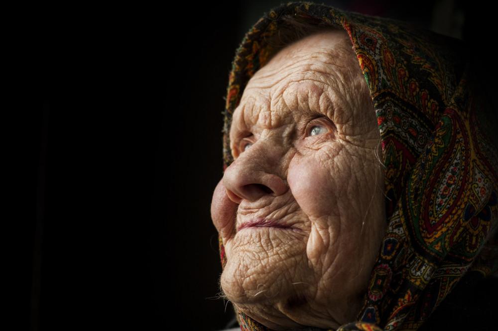 Осторожно, бабушка! Правдивые истории о том, как они нас делают