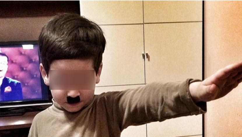 """Семья из """"Дома-2″ разместила фото 4-летнего сына в образе Гитлера"""