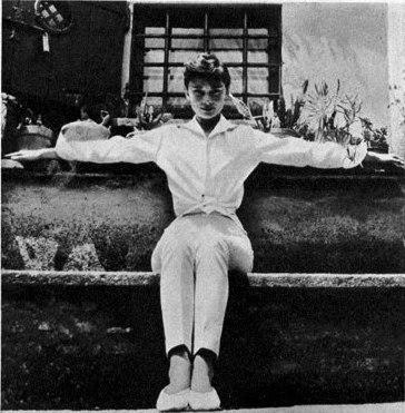Одри Хепбёрн и Мел Вилли Риццо в Италии. 1955 год.