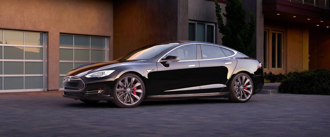 Как угнать Tesla за 2 секунды?