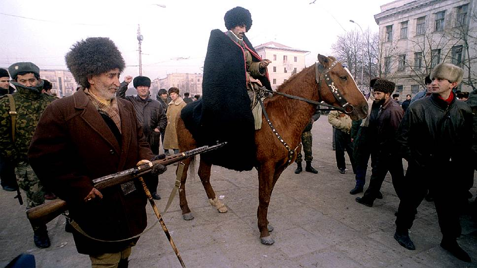 """""""Главное ковры!"""" Грозный. Январь 1995 г."""