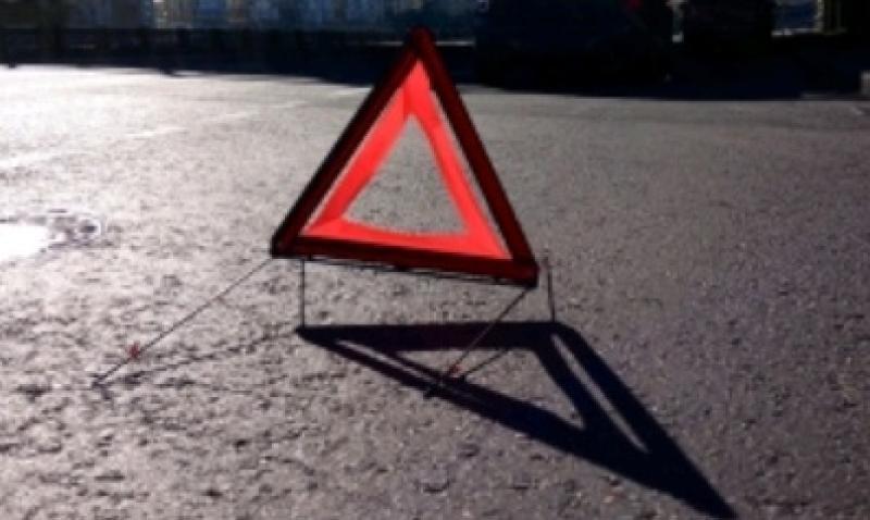 Восемь машин были повреждены в результате аварии в центре Москвы