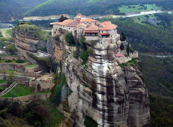 Фото Монастыри Метеоры, Греция. 23 (700x514, 103Kb)