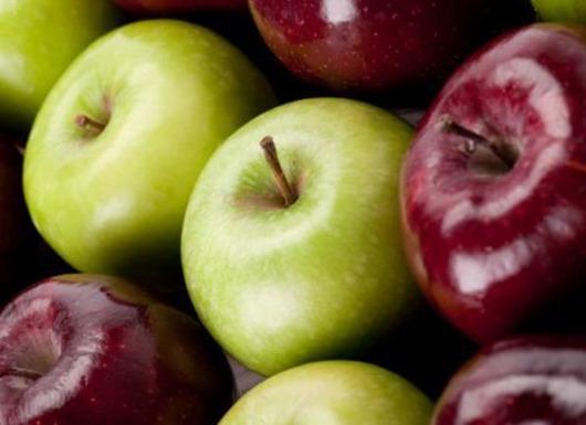 Два яблока в день — одно для здоровья, второе для красты