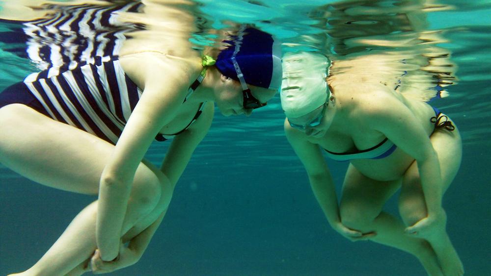 Будущая мама и занятия в бассейне