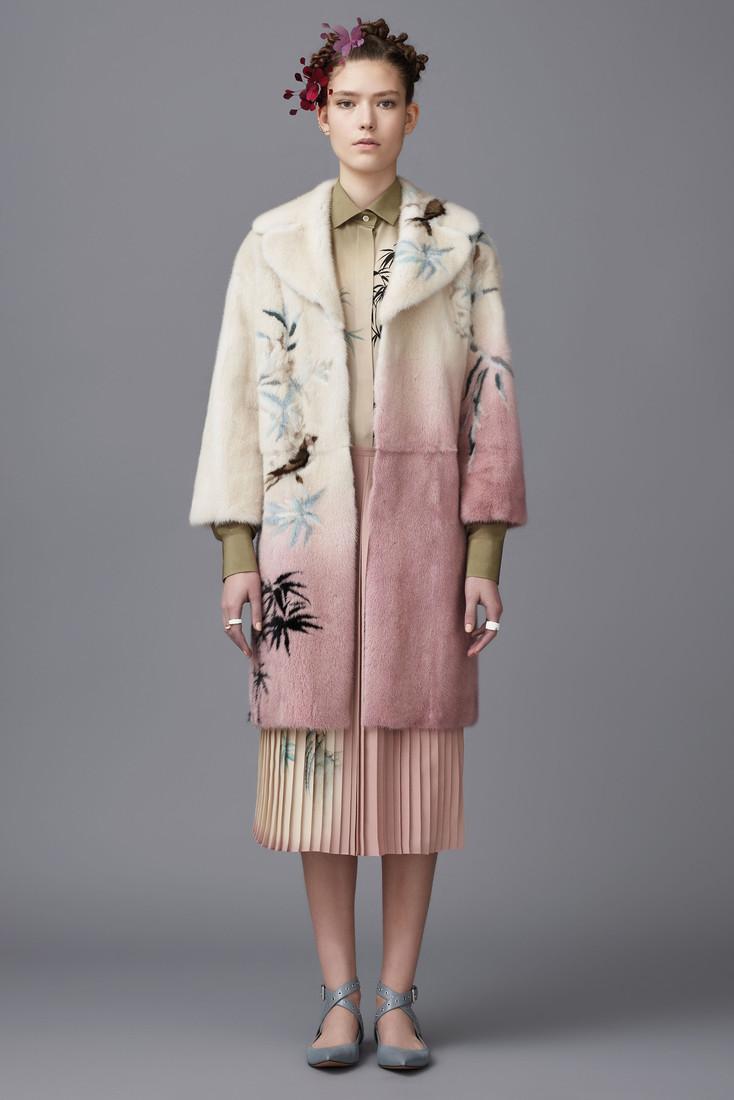 Восточная тема в коллекции итальянского дома Valentino Pre-Fall 2016