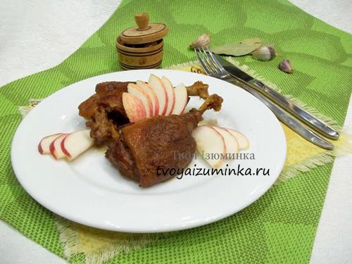 Утка на сковороде кусочками рецепт с фото