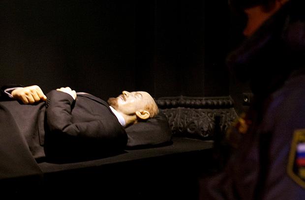 Гудбай, Ленин! В Госдуме будет рассмотрен законопроект о ликвидации коммунистического кладбища на Красной площади