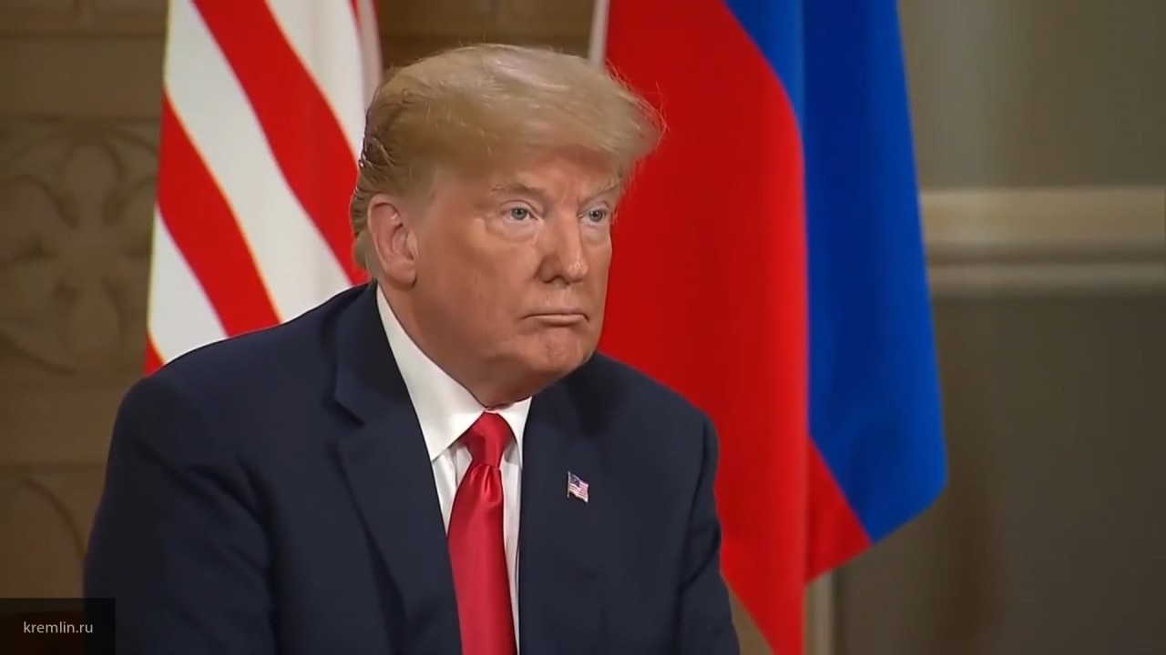СМИ: Трамп собирается ввести дополнительные пошлины на товары из КНР