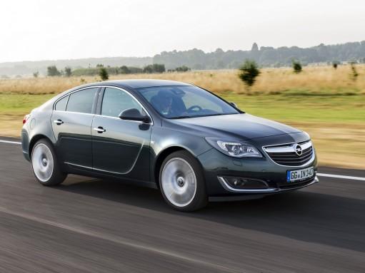 Названы цены Opel Insignia с дизельным двигателем BiTurbo