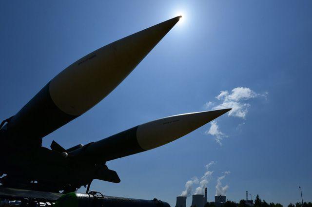 Пистолет у виска. Как США размещали ядерное оружие у границ России