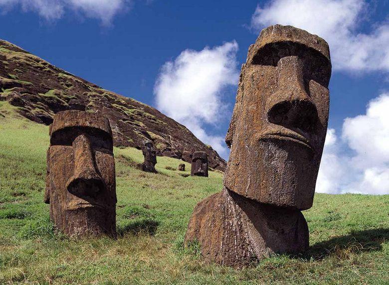 Ученые пришли к выводу, что остров Пасхи погубили загадочные истуканы Моаи