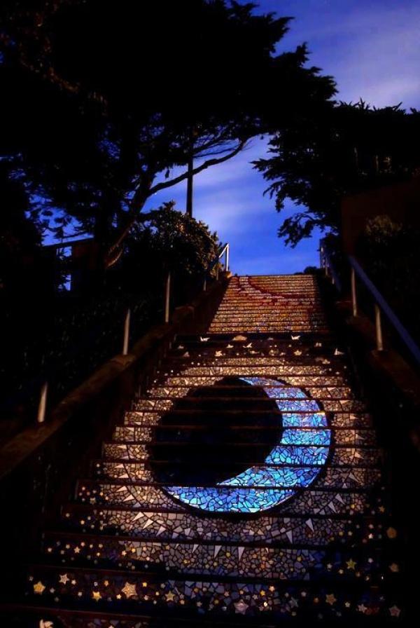 Потрясающий стрит-арт на лестницах