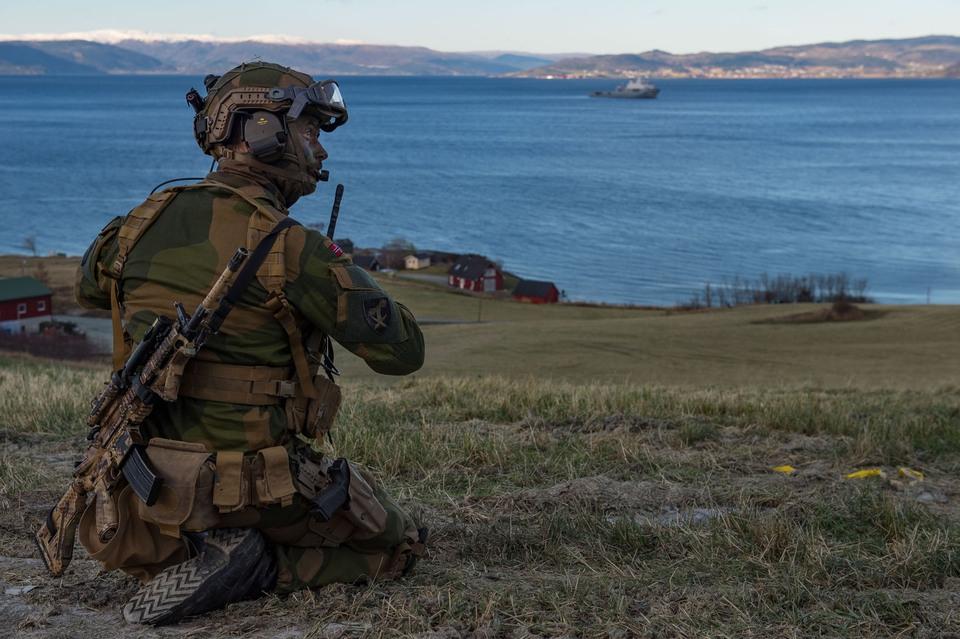 Норвегия обвинила Россию в п…