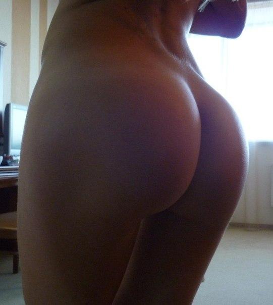 Фото попы голой девушки