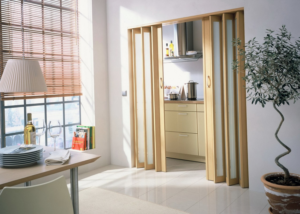 Как собрать дверь гармошку