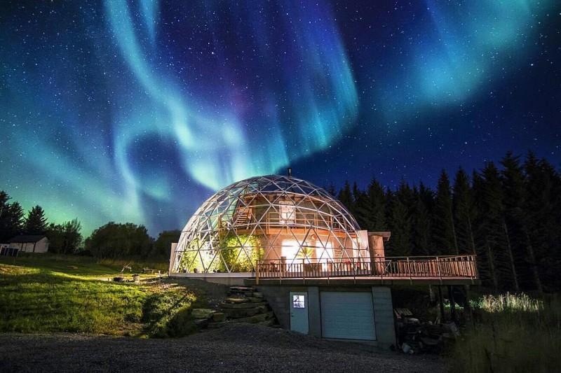 Семья из Норвегии построила …