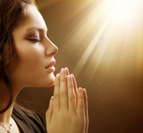 Сила молитвы —что же именно происходит в момент такого действия