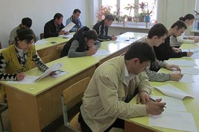 Галичане на экзаменах в РФ без акцента скандируют «Путин - наш президент!»