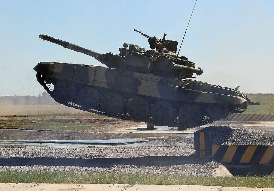 США обнаружили в Сирии российские танки; а ещё в Египте, Ливии, Судане, Тунисе, Алжире... Геополитика
