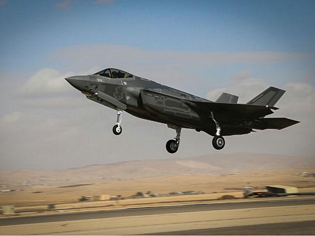 Первый оперативный вылет F-35 в Израиле