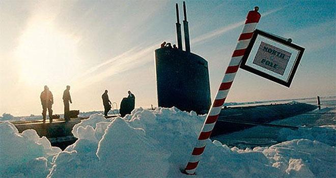 Кто поверг в бегство американскую авианесущую группу и 4000 морских пехотинцев в Антарктике?