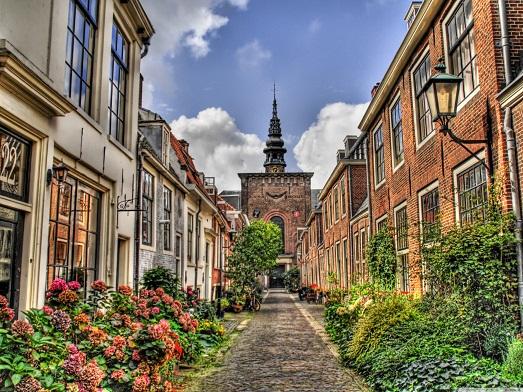 Фото топ 10-ти самых известных улиц в мире