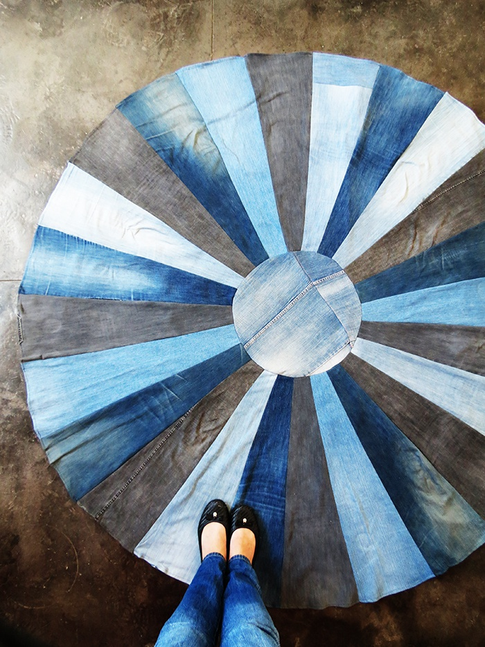 Круглый коврик из джинсов (Diy)