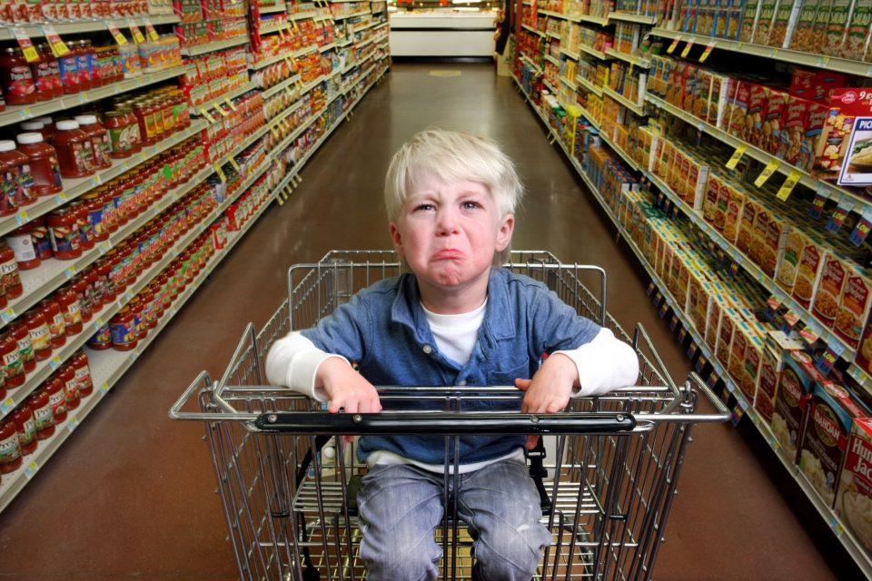 Как правильно ходить в магазин с маленьким ребёнком
