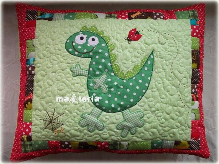 Лоскутное шитье. Детские подушки (22) (700x525, 100Kb)
