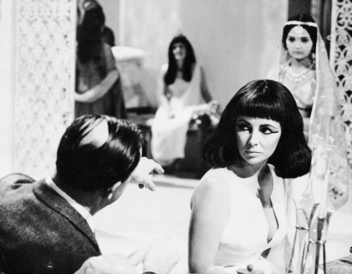 Элизабет Тейлор (Elizabeth Taylor) на съемках фильма «Клеопатра» (Cleopatra) (1963), фото 28