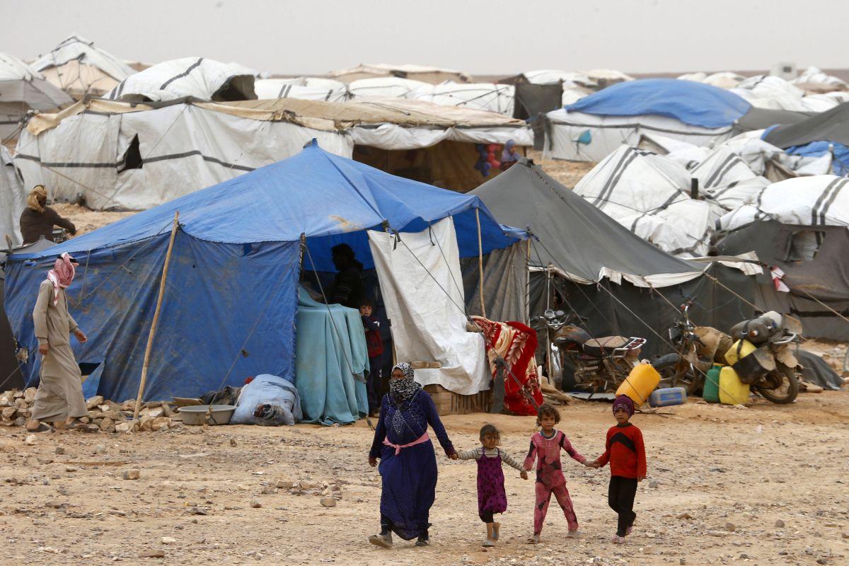 Сирия: США насильно удерживают беженцев в лагере «Рукбан»