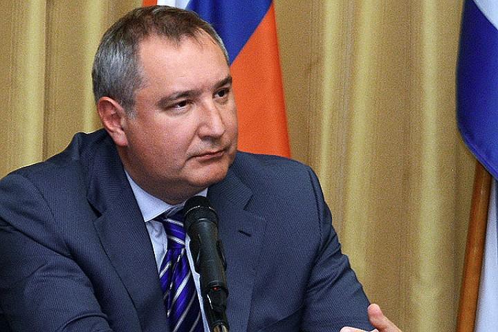 Дмитрий Рогозин прибыл в Сербию