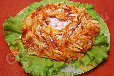 салаты с жареным картофелем рецепты с фото
