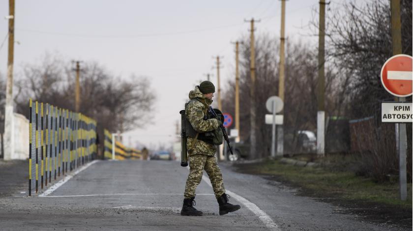 Украинцы бегут в Крым с фальшивыми паспортами