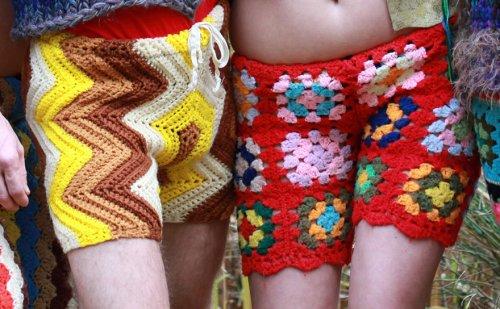 Новая мужская мода: вязаные крючком разноцветные шорты и брюки