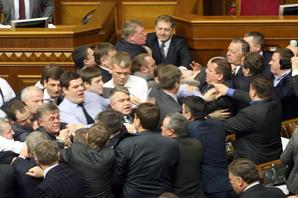 Донецк – евро-украинские звезды голубых экранов, от дефолта станет всем светлей и очередной укробстрел
