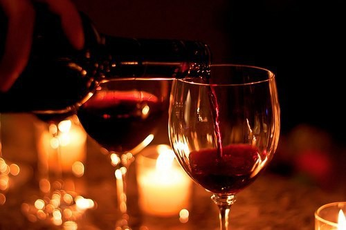 А если нет сил ждать, выдерживая вина в бутылках месяцами, попробуйте приготовить домашнее вино быстрого приготовления. бар, вино, пиво, сделал сам