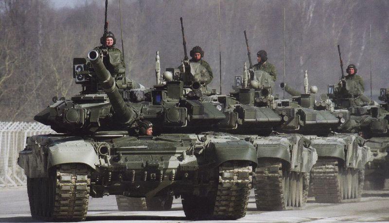 Зачем пугать нас танковой армией?