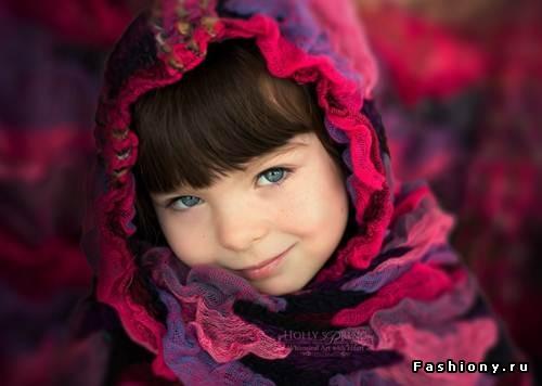 Мама превратила однорукую дочь в сказочную принцессу